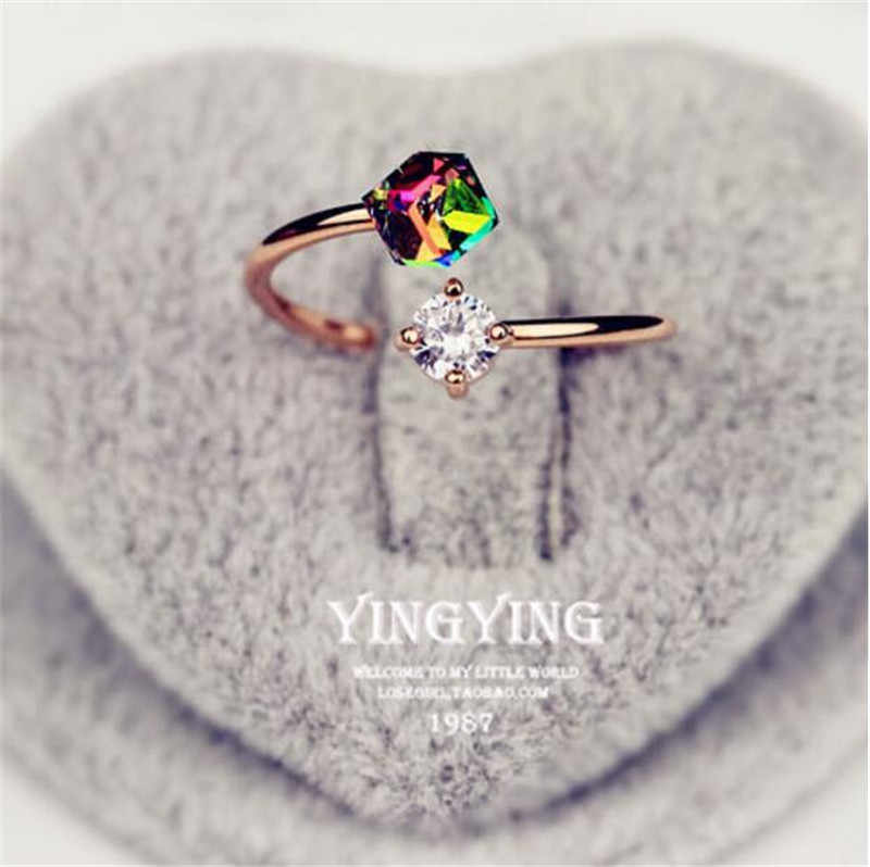 2018 New Fashion Korea valentine rose gold retro fluorescent color glass filled crystal rings rings influx of people Ms.