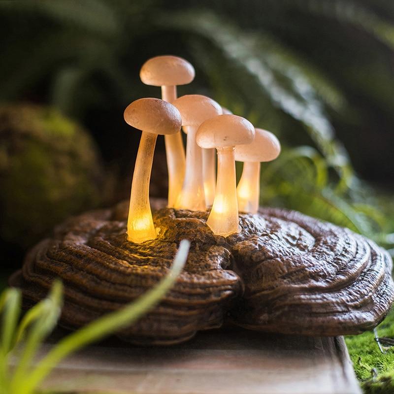 Novelty Mushrooms Growing On The Ganoderma Night Light Children Bedroom Night Lamp Cloud Light Emitting Children Room Decoration