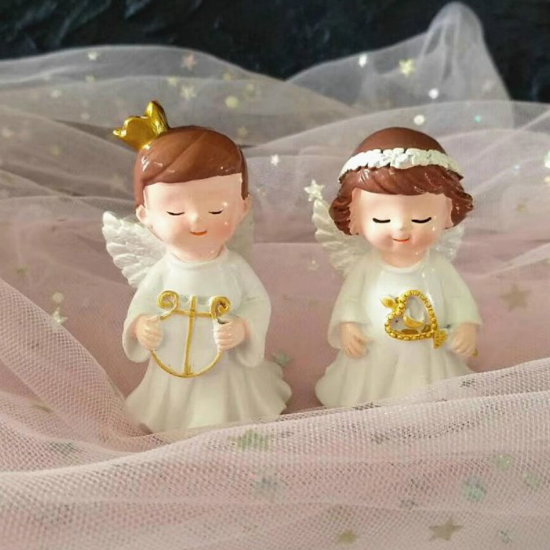 2Pcs/set Europe Types Resin Angel Cute Miniature Collectible figurines Kids's Birthday Get together Cake Decorations House Equipment