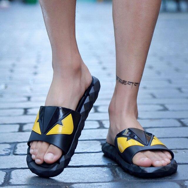 AGESEA chinelos homens verão de alta qualidade sandálias dos desenhos animados dos homens confortáveis não-deslizamento sapatos 2019 novos chinelos de praia a51XM-1051