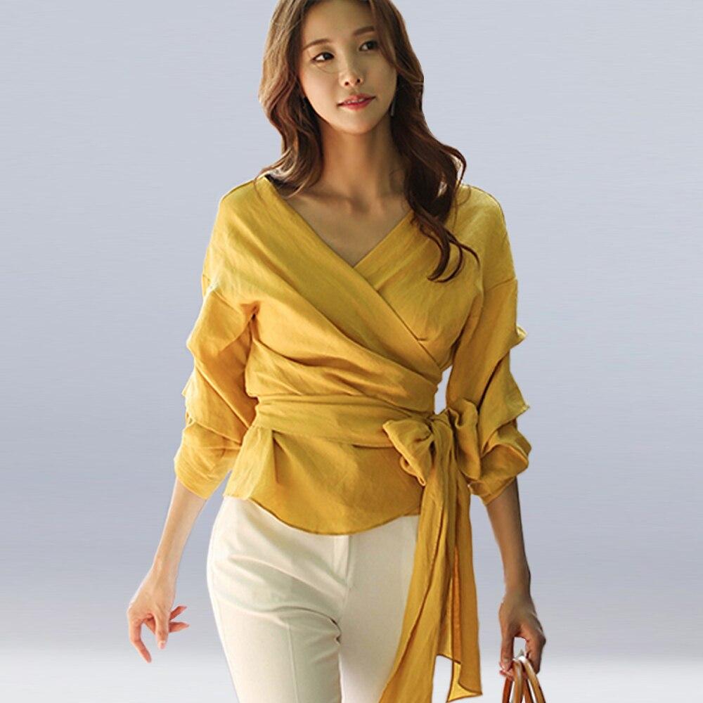 High Quality 2018 New Women Slim Micro Stretch Chiffon Shirt Lantern Sleeve Bow Tie Top Fashion Elegant Sexy V-neck Shirt