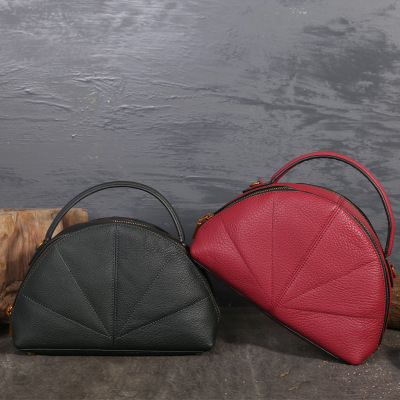 Women Genuine Leather Shoulder Shell Bag Female Hobos Bag Ladies Vintage Handbag Two Colors