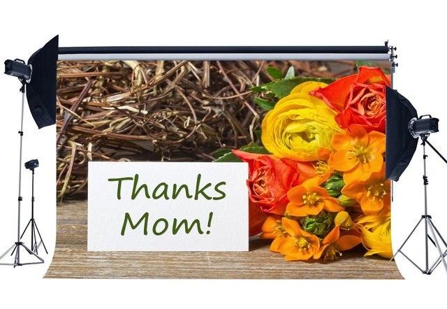 Fondo de Feliz Día de la madre gracias mamá telón de fondo de fotografía de tablón de madera rústica de flores de clavel frescas