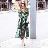Runway Dress Women High Quality O Neck Short Sleeve Mesh Lace Embroidery Pleated Long Summer Dress