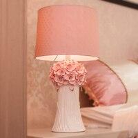 Warm Pink Flowers Table Lamps Princess Wedding Ceramic Cloth Light Creative Wedding Room Bedroom Bedside Table