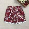 Bebé Niñas Pom Pom Cortos de Algodón del Verano de la Muchacha Floral Pantalones Cortos de Algodón Pantalones Cortos De la Muchacha 2017 Nueva 30C
