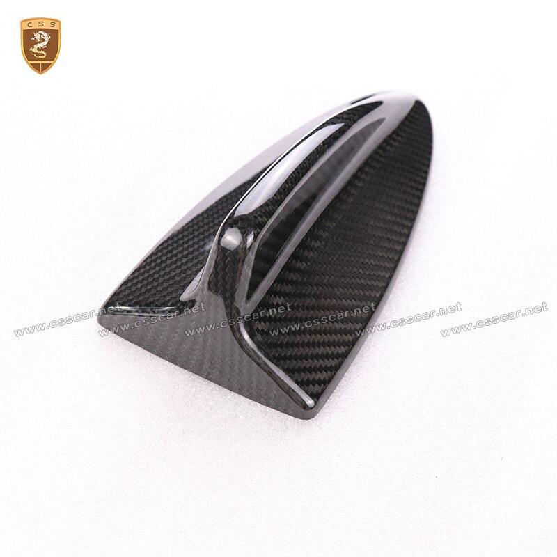 Carbone fibre Aileron de Requin Haut antenne de toit Base FM Pour BMW E90 E92 E46 E60 E39 Antennes style de voiture qualité supérieure Auto Accessoires