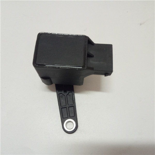 GOGO Headlight Height Sensor For B MW E46 E39 E60 E65 E66 OEM 37141093700 1 093 700  1093700