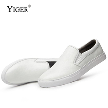 цена YIGER New 2018 Man Loafers Genuine Leather Casual slip-on Man shoes  Fashion Breathable Loafers Black/White Free shipping   0120