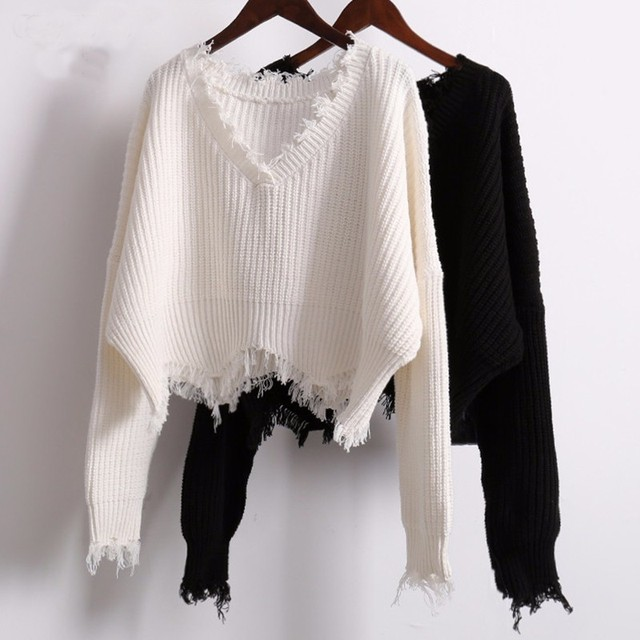 TWOTWINSTYLE המרטש מכנסיים קצרים סרוג סוודר נשים סתיו החורף V צוואר לבן Losse נקבה מגשרי סוודרי בגדים מזדמנים קוריאני
