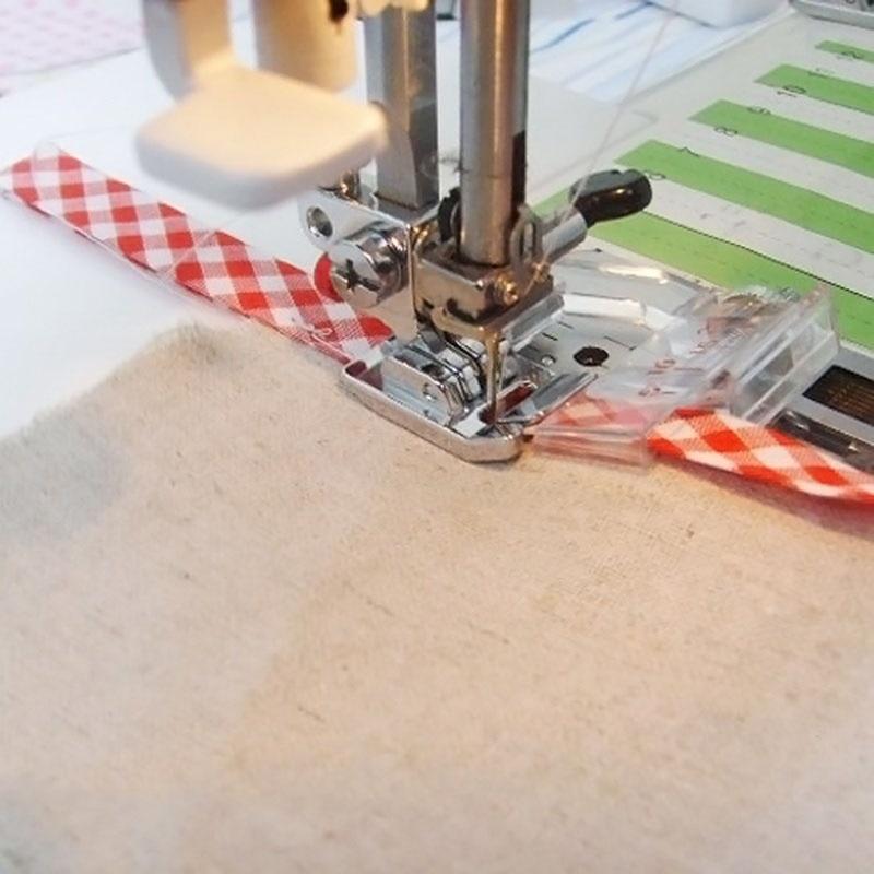 1 pcs Adjustable Bias Tape Binding Foot Snap On Presser