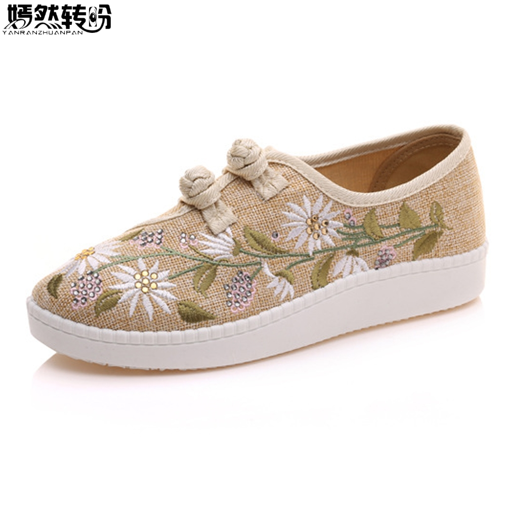 Chinese Women Flats Shoes Rhinestone Floral Embroidery Platform  Loafers Canvas Driving Shoes Sapato Feminino Pluse Size 43 vintage embroidery women flats chinese floral canvas embroidered shoes national old beijing cloth single dance soft flats