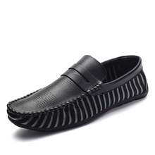 2017 New Slip-on Casual Boat Shoes Men Mesh Flat Shoes Driving Footwear Male Chaussure Homme Shoes Zapatos Hombre Shoes Hot Sale