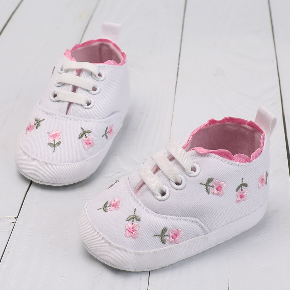 Newborn Toddler Moccasins Soft Moccs Lace Floral Embroidered Baby Shoes Boys Girls First Walker Kids Footwear 0-18 Months