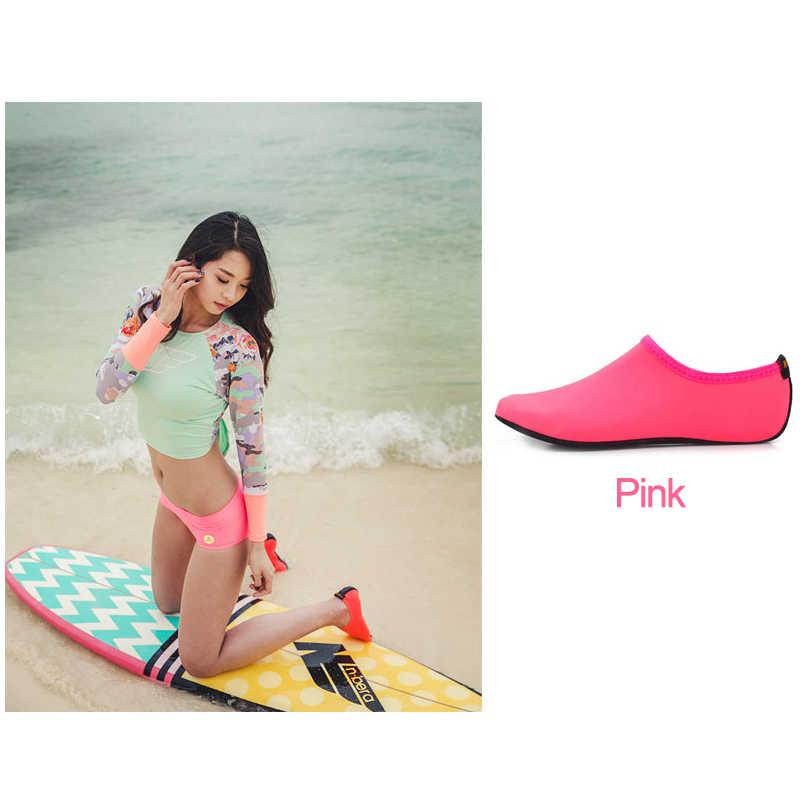 Su ayakkabısı yüzme ayakkabı Aqua plaj ayakkabısı, yaz açık deniz katı renk spor ayakkabı çorap terlik kadınlar erkekler için