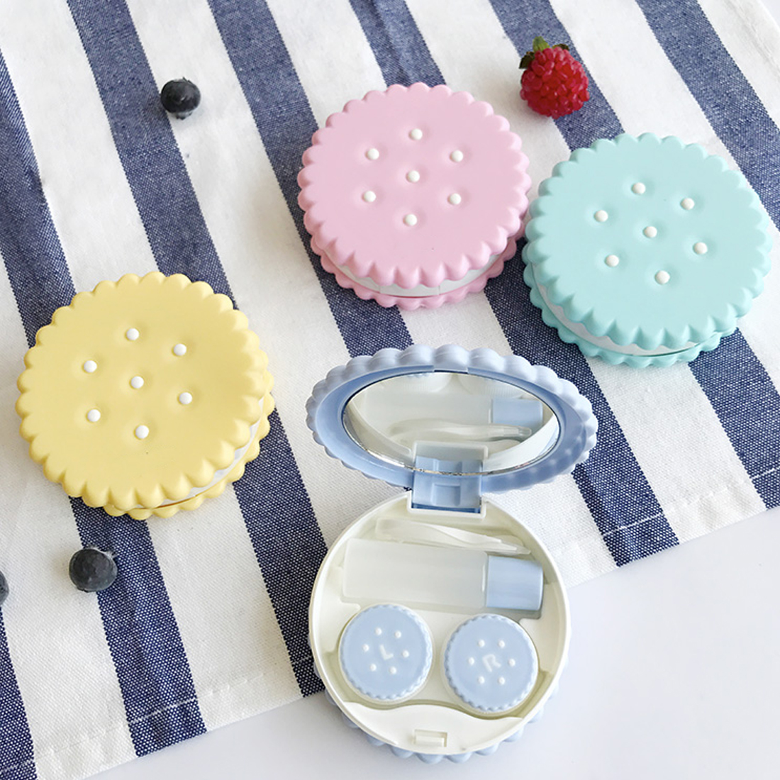 Lovely Special Cookies Shape Lens Case Mini Travel Cartoon Contact Lens Portable Pocket Case Box Container Travel Kit Holder