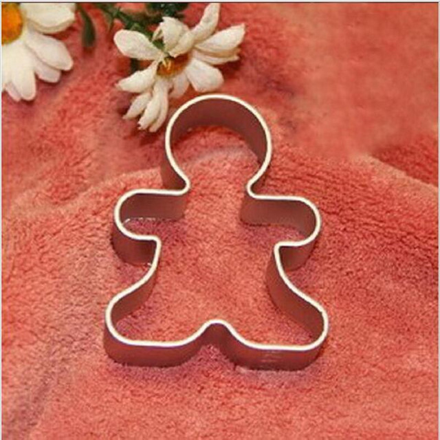12Pcs/Lot Christmas Cookie Cutter Tools Aluminium Alloy Gingerbread Men Shaped Holiday Biscuit Mold Kitchen cake Decorating Tool