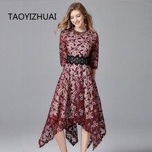 منتج جديد من TAOYIZHUAI موضة ربيع 2019 بتصميم عتيق متوفر باللون الأحمر والأبيض بمقاسات كبيرة فستان ضيق غير متماثل للنساء 14172