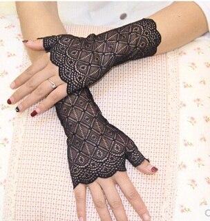 Весна и лето женские солнцезащитные короткие перчатки Модные кружевные полуперчатки сексуальные кружевные перчатки без пальцев - Цвет: black