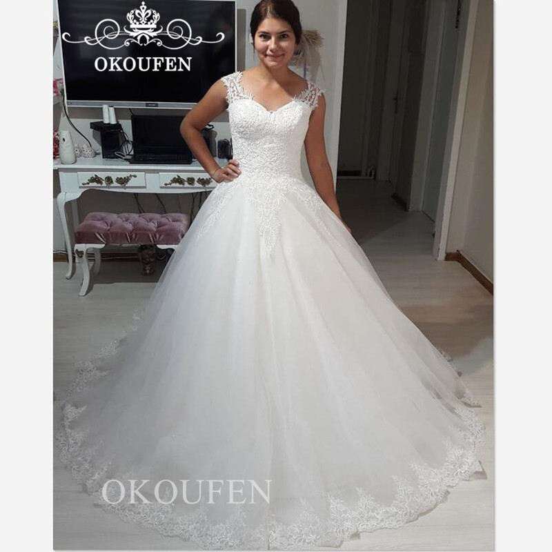 feef4fe0ab Modest Lace Puffy A Line Wedding Dress With Appliques 2019 Vestido ...