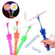 Портативный СВЕТОДИОДНЫЙ мигающий Радужный спиннинг ветряная мельница светится музыкальные игрушки Аксессуары для вечеринки подарок для детей