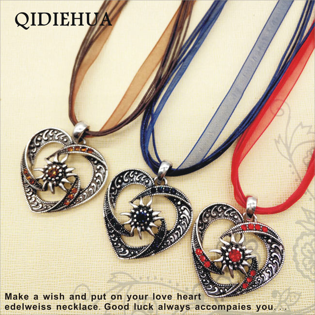 QIDIEHUA Fashion Rope Choker Boho Antique Silver Edelweiss Heart Necklace Pendant For Women Shiny Muticolor Rhinestone Necklace