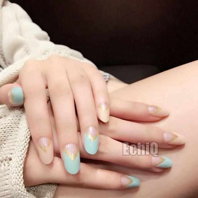 V Shape Medium Press On Nails Round Full Cover Fake Pre Designed