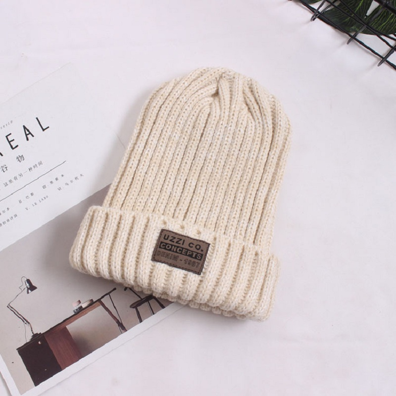 Año Nuevo sólido sombrero femenino 2018 Navidad moda algodón mujeres ... 7f2b7c16df8