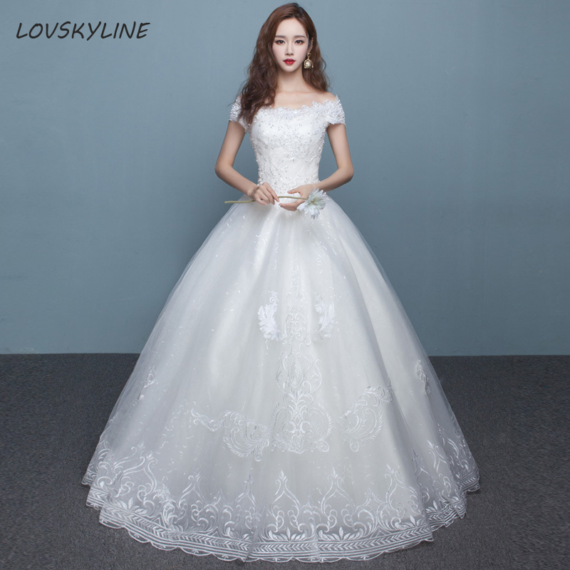 Ball Gown Bride Dress Vintage Muslim Plus Sizes Boat Neck Short Sleeves Beads Embroidery Lace Wedding