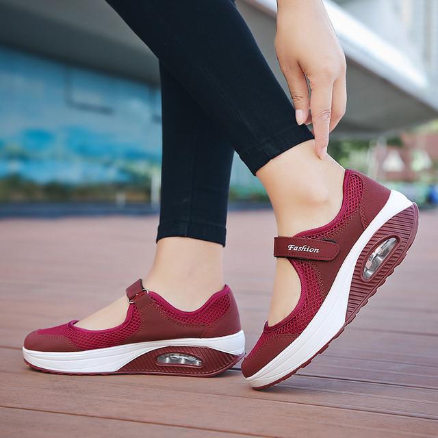 Women's Breathable Mesh Casual Shoe