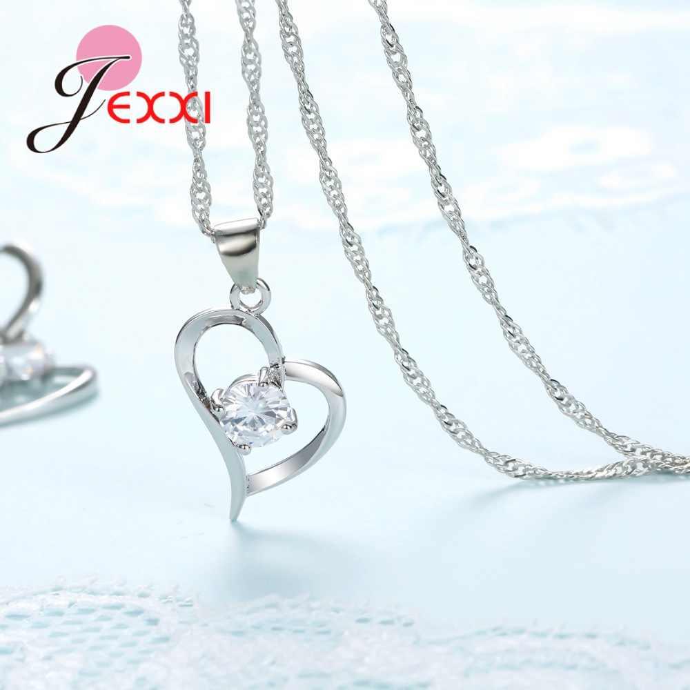 مجموعة أقراط على شكل قلب من الفضة الإسترلينية عيار 925 مصنوعة من الزركون المكعّب كلاسيكي قلادات واقراط هدايا الكريسماس