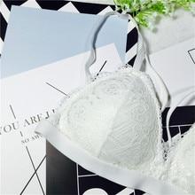 2017 Sexy Bra Bustier Women Summer Casual Lace Bralette Wireless Padded Up Bra Brassiere Strappy Crop Top Sexy Underwear