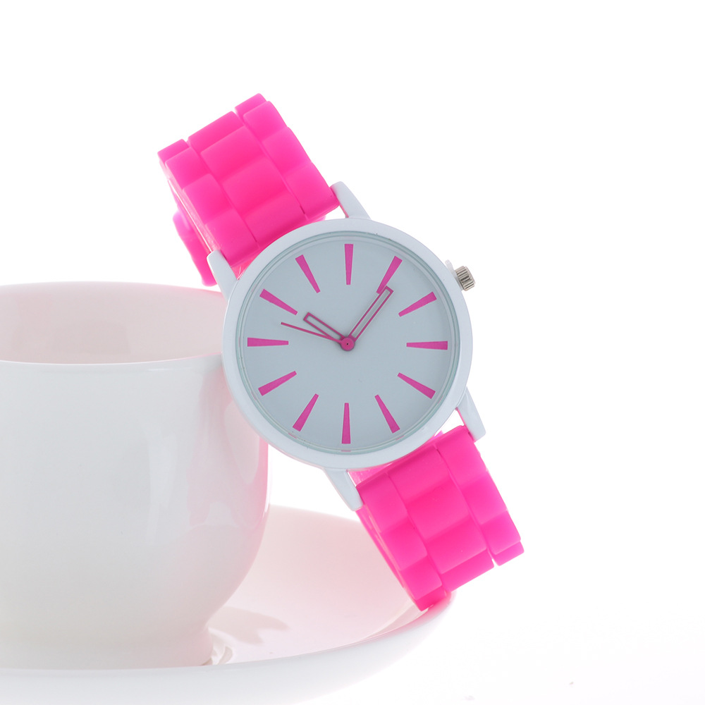 Fashion Casual Womens Quartz Wristwatches Lovely Grils Watches Silicone Band Big Dial Reloj Mujer Relogio Feminino Children Gift