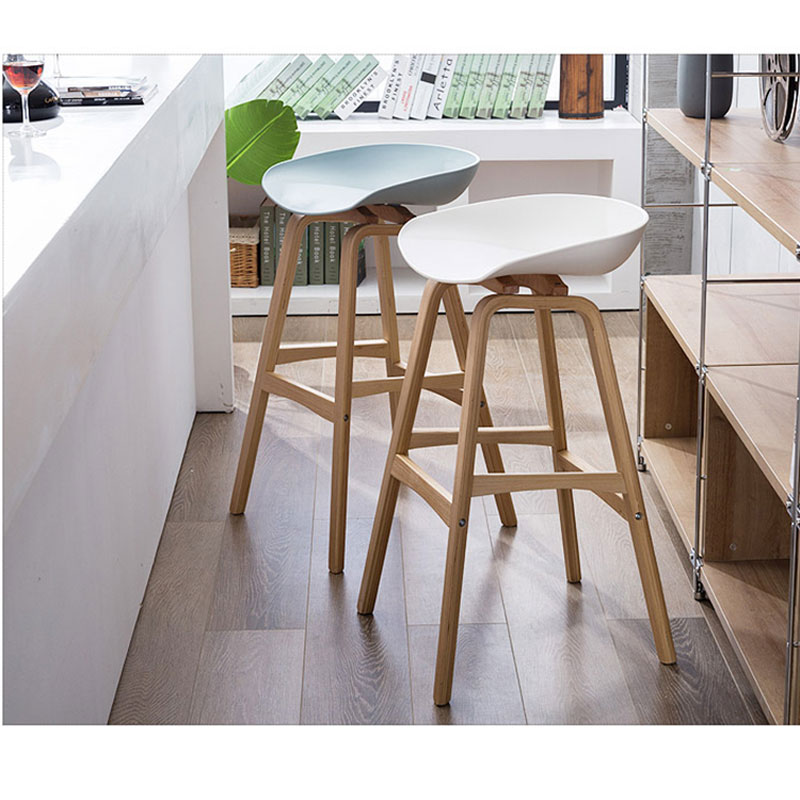 Minimalist Modern Design solid wood pp plastic bar chair northern wind fashion creative denmark counter stool Popular Furniture