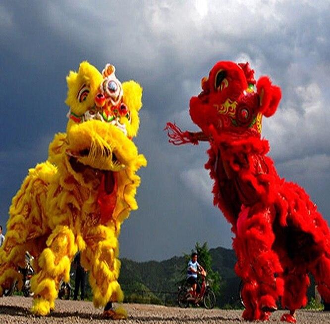 Celebrare il festival di danza del Leone Vestito Cinese danza del Leone costume Foshan Fatti A Mano In Lana Accessori di Scena Per Oversea Cinese