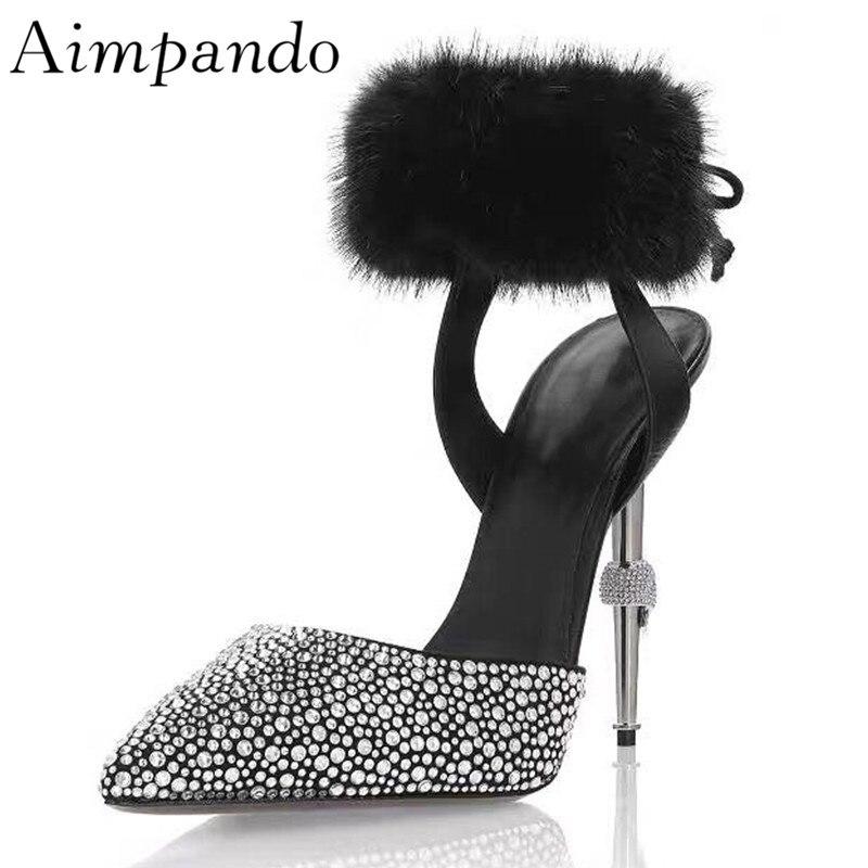 Sandales de gladiateur en strass de luxe pour femmes, talons hauts en métal, orteils pointus, enveloppement de la cheville avec des chaussures d'été en fourrure