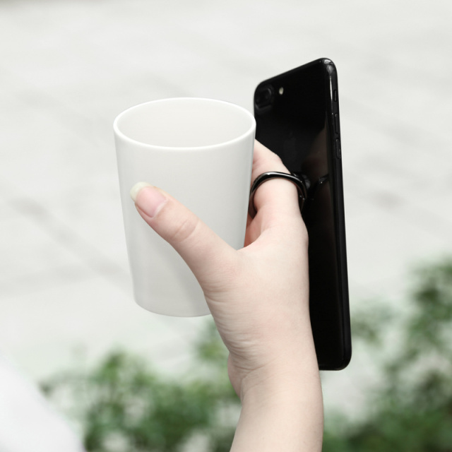 Minimalist Finger Ring Smartphone Holder 4