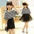 Primavera y Verano Niños Niñas de Corea Blanco y Negro rayas de Dos Piezas Traje de Vestido de Gasa Niño Ropa Para Niños Dos estilo