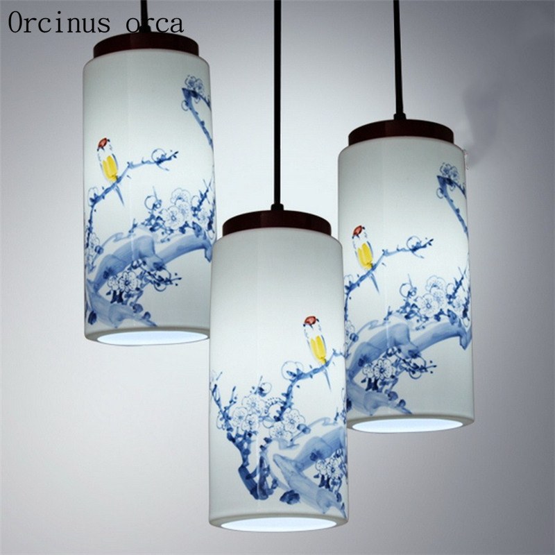 New classical hand-painted ceramic chandelier restaurant balcony Chinese solid wood blue and white porcelain LED Chandelier