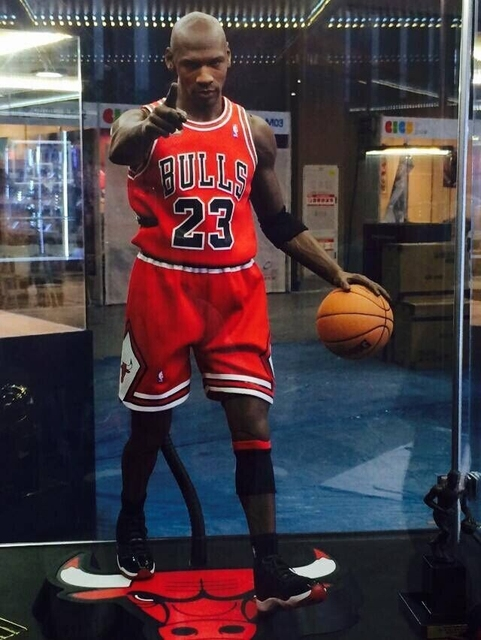 0aae12344a9ff6 Free Shipping 1 4 Action Figure NO.23 Michael Jordan Movies Figures Scale  Models DIY Accessories EB Toys For Children Brinquedos