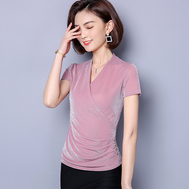 590ce51033b 5xl Plus Size Silk Shirt Women Tops 2018 New Summer Shirt Short Sleeve V  neck Casual Women Blouse Bodycon Shirts Blusa-in Blouses   Shirts from  Women s ...