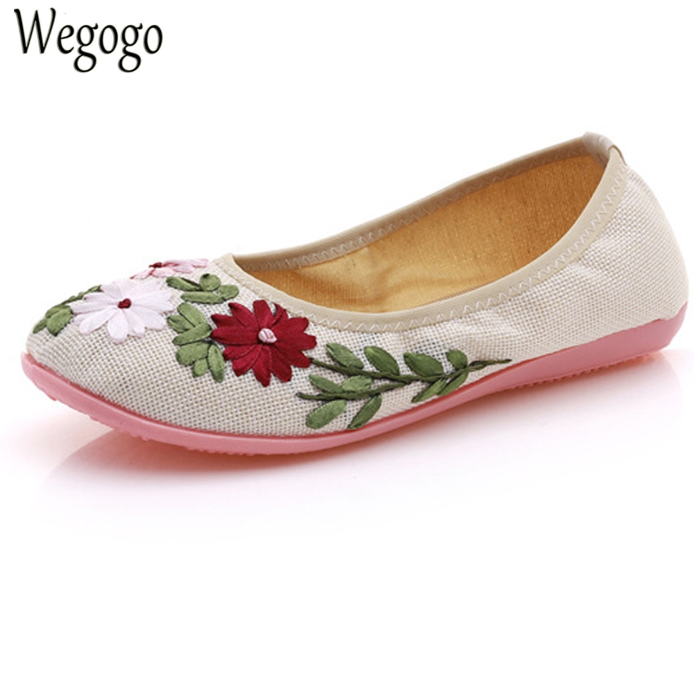 Vintage Flats Shoes Women Ballerinas Dance Floral Embroidery Shoes Canvas Soft Ballets Casual Shoes Woman vintage embroidery women flats chinese floral canvas embroidered shoes national old beijing cloth single dance soft flats