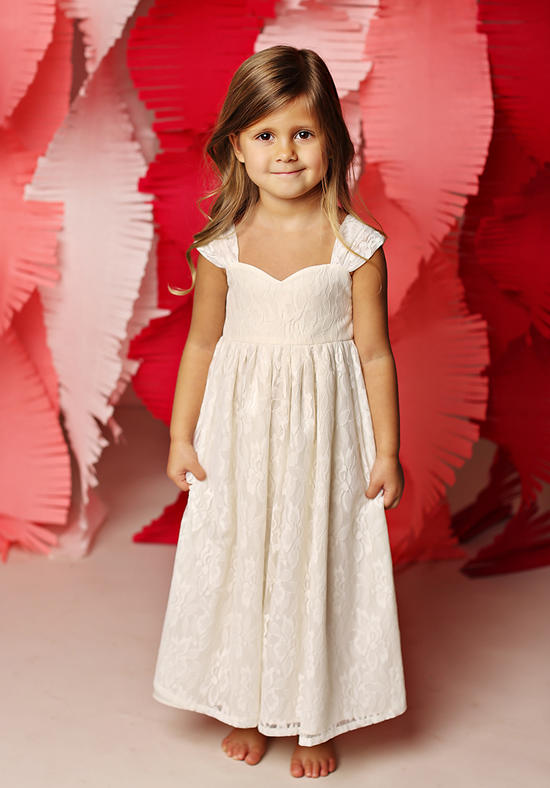 2016 New  Flower Girls Dresses For Wedding Gowns Lace Glitz  Pageant Dresses for Little Girls A-Line Communion Dress