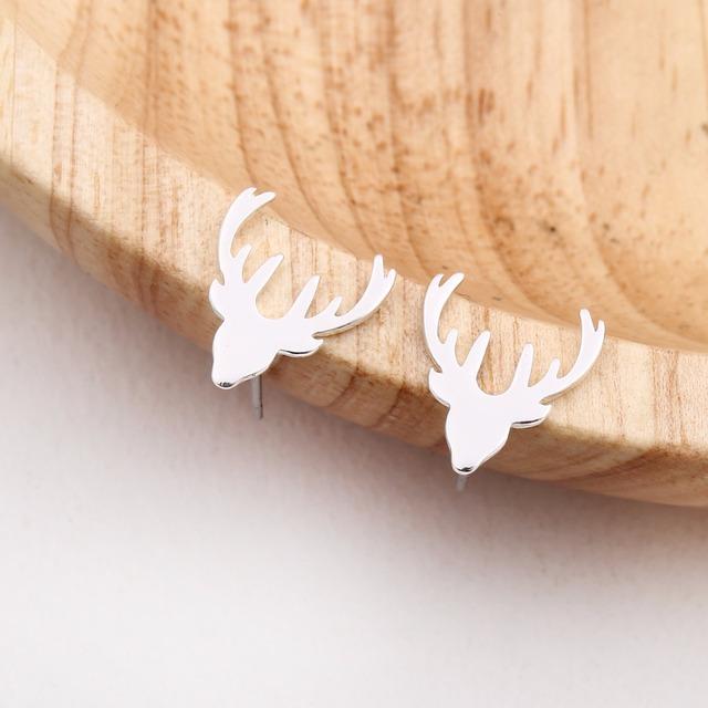 Womne's Deer Shaped Stud Earrings