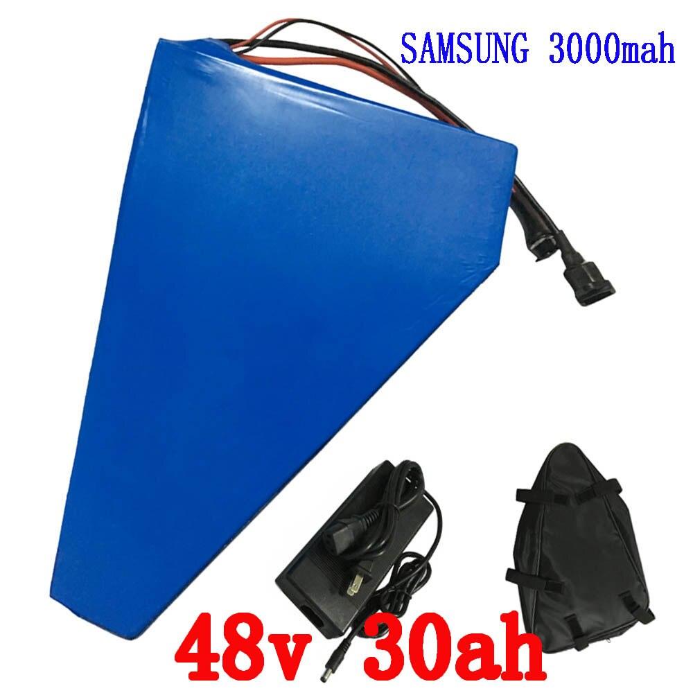 Batteria elettrica della bici 48 v 30ah 2000 w Per Samusng cellulare batteria elettrica della bicicletta triangolo agli ioni di litio battery pack con 50A BMS