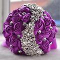 Gorgeous Crystal Wedding Bouquet Rojo Púrpura Broche de Novia Accesorios de dama de Honor Ramo de La Boda Flores Artificiales