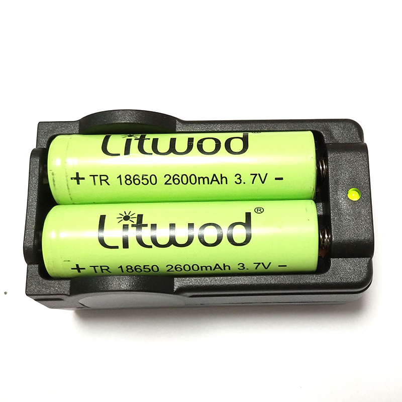 Z20 Big Discount New Universal Battery Charger Can Charge Two Battery Together Used For 18650 Battery