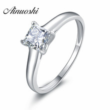 Fashion Woman Engagement Finger Ring with 0.5 ct Princess Cu