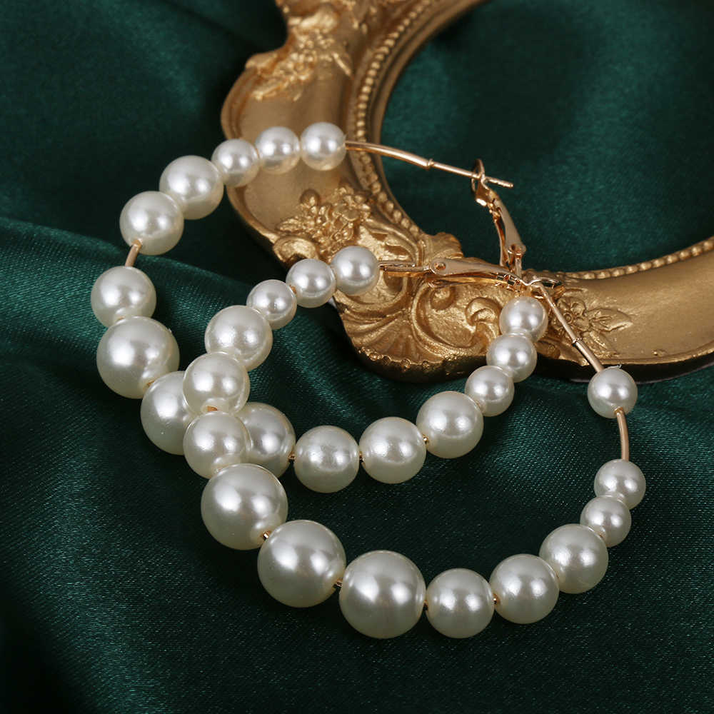 1Pair White Faux Pearls Round Hoop Earrings Small Big Pearl Circle Earrings Drop Dangle Ear Stud Jewelry Accessories for Women