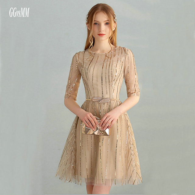 6ecbaad0fb3 Junoesque Gold Lace Prom Dresses 2019 Sexy Prom Dress Short O-Neck Built-In  Bra Kenn-Length A-Line Club Party Gowns High Quality